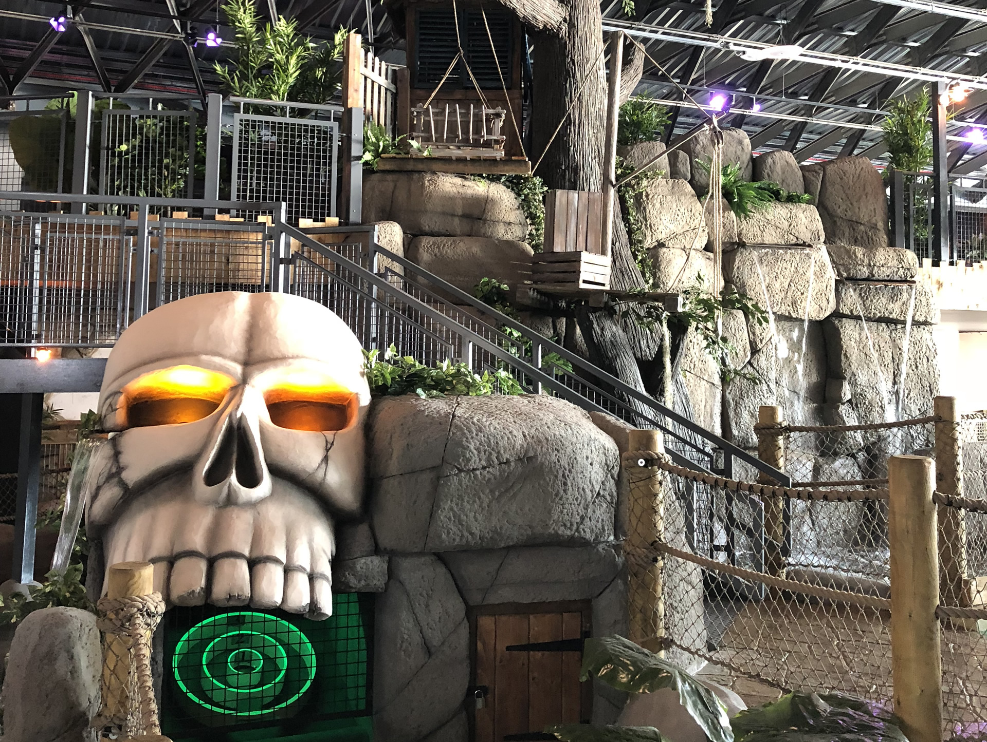 adventure golf course claction pier