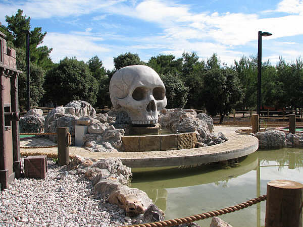 adventure golf in croatia