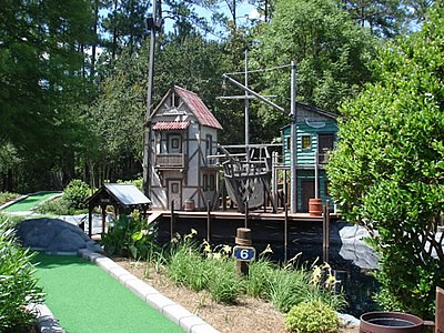 Freshen up mini golf course