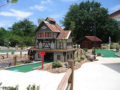 Funopolis Mini Golf