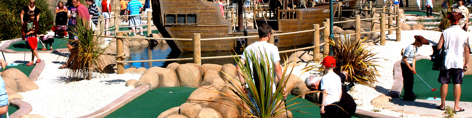 hastings pirate mini golf